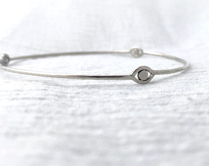 The Oracle Bangle