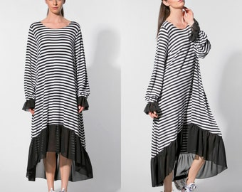 Maxi dress/ High Low dress/ Maxi dress with long sleeves/ Black and white dress/Plus size maxi dress/Long sleeve dress/ Casual dress/022.323