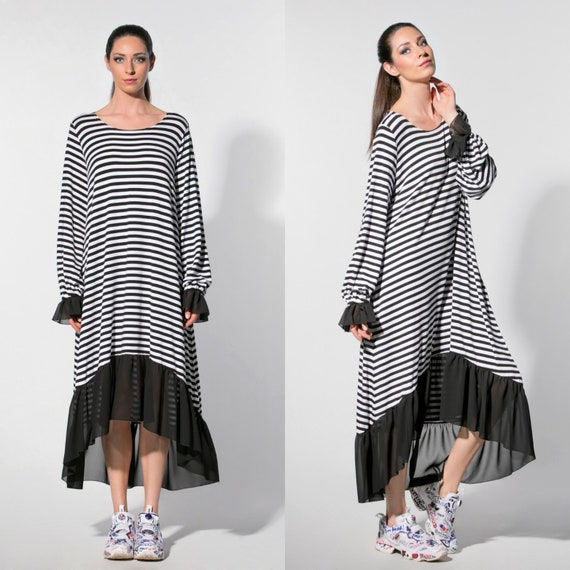 Black and White Plus Size Maxi Dress, Light Summer Casual Dress, Striped  Plus Size Dress, Elegant Dress with Long Sleeves, 022.323