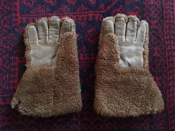 Antique Dogsledding Gloves, Primitive, Leather Glo