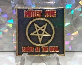 True Vintage MOTLEY CRUE Shout at the Devil Pentagram Enamel Pin