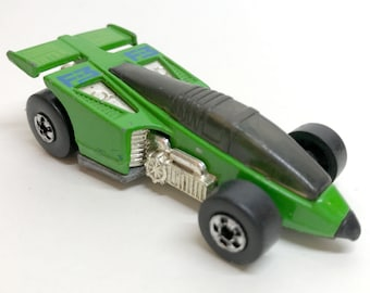 Vintage Hot Wheels Green Inter Cooled F-3 Shadow Jet Race Car 1987