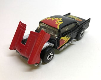 Vintage Matchbox Lesney 1979 '57 CHEVY Black w/tilting hood