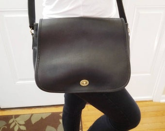 4e00bd02bb Vintage Coach Handbag Black Leather Shoulder Bag Crossbody Bag Ranch Bag  Made in USA Adjustable Strap Front Flap Brass Turnlock