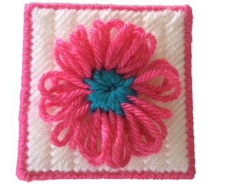 Pink Flower Sticky Note Holder, Daisy Notebook Cover in Plastic Canvas