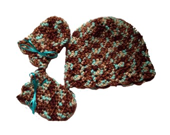 Crochet Baby Hat, Scratch Mittens, Gift Set  for Baby Girl, Baby Shower Gift, Turquoise, tan and brown