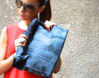 New LIMITED EDITION Genuine Leather Blue Hand Bag / High Quality  Rubber Covered  Bag with inside pockets by AAKASHA A14255