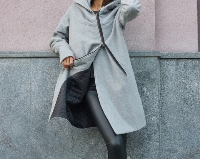 a3ed2628ff027 NEW Extra Warm Qilted Winter Asymmetric Extravagant Light Grey Hooded Wool  Cashmere Blend  Double Zipper