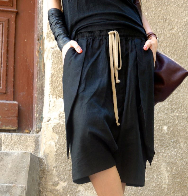 NEW SS16 Loose Casual  Black Drop Crotch Linen  Harem Pants  Extravagant Black Pants with Large Pockets by AKASHA A05462