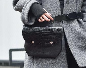 Extravagant Croco  leather Belt Bag A14828