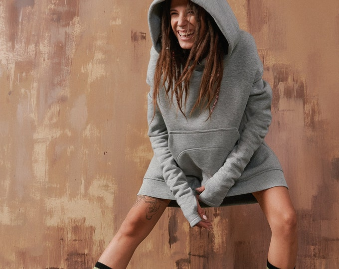 Long Hoodie with Dropped Shoulder A92040