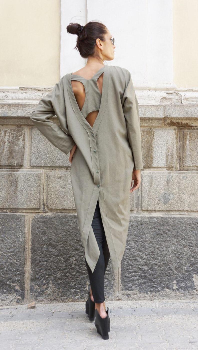new concept a8df1 22c6f Camicia di lino lunga nuova collezione verde oliva / stravagante  camicia/maglietta asimmetrica con lato tasche Top di /Oversize di Aakasha  A11159