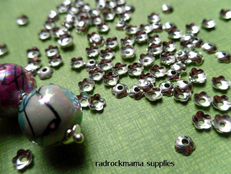 30 Silver Tone 4mm Flower Bead Caps A3C3-1