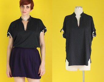 Vintage 80s Top - Black and White Polka Dot Blouse - Oversized Shirt - Loose Top - Long Shirt - Summer Tops - Size Large / Medium