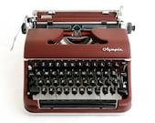 Typewriter Olympia SM3, maroon Congress font