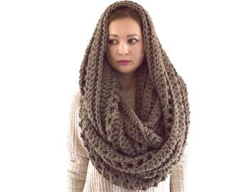 Oversized Knit Crochet Chunky Men Woman Infinity Scarf Hood | The Prague