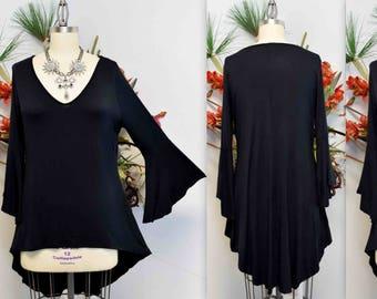 455702849423a Black tunic