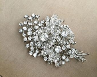 Bridal flower brooch, wedding brooch, flower brooch, gift for her, silver bridal brooch, garden wedding, silver, crystal rhinestone BOUQUET