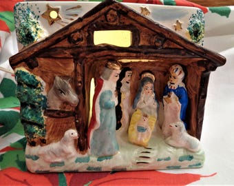 Table Top Nativity Lighted Small Size Vintage Relco