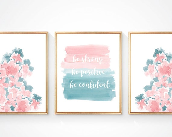 Teal and Blush Wall Decor for Tween Bedroom