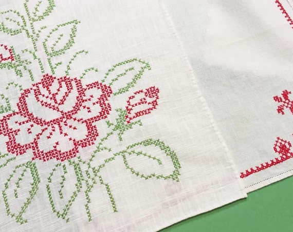 Vintage Embroidered Christmas Napkins, Set of 8