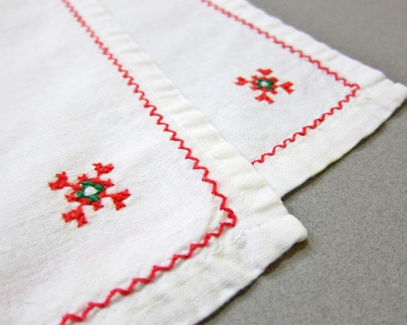 Vintage Christmas Napkins, Set of 2 Cloth Napkins,