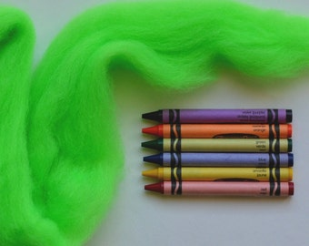 CORRIEDALE WOOL ROVING - Highlighter Green (1 oz) - Wool fiber for needle felting , wet felting , and spinning