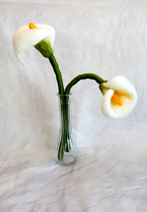 needle felted white flower calla lily or alcatraz etsy
