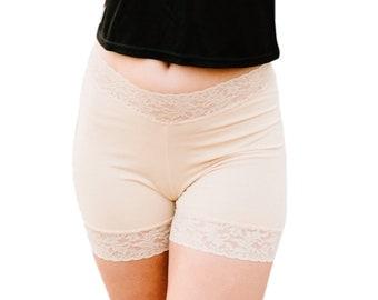 Motard beige Shorts façonner sous-vêtements dentelle Nude