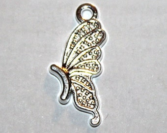 8 Bright Silver Butterfly Charms/Pendants S-110