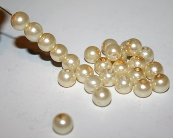 8 mm Cream Glass Pearl Beads