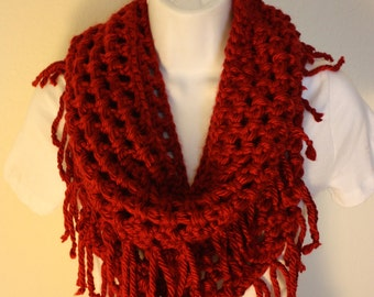 Crochet scarf, Infinity scarf, red, chunky scarf, fringe