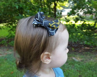 Small Hair Bow, Bowtie Style, Saints, New Orleans, Black with Yellow, White, and Gray
