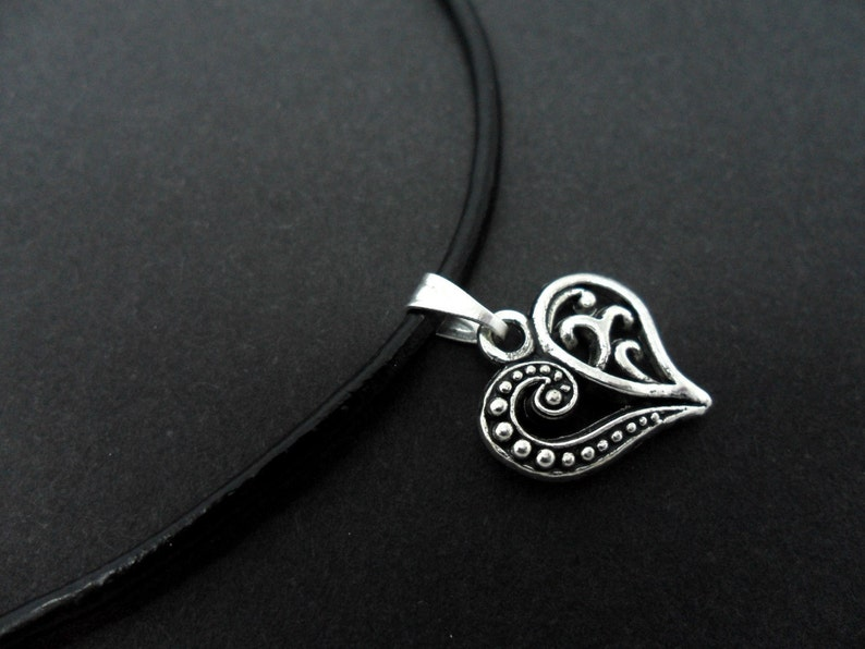 """A BLACK LEATHER CORD 13-14/""""  TIBETAN SILVER CRYSTAL HEART CHOKER NECKLACE NEW"""