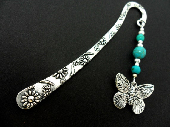 A TIBETAN SILVER BUTTERFLY /& TURQUOISE BEAD NECKLACE /& LEVERBACK EARRING SET.