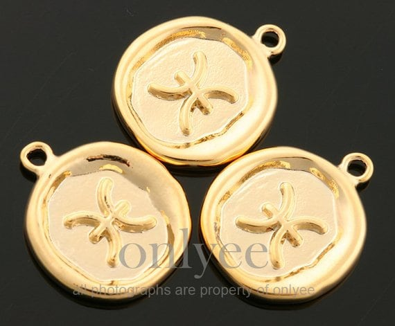 pendant K1428G-B 2pcs10pcs-14mmX17mm Bright Gold plated Brass Zodiac Sign with medalion Coin charm Jewerly supply,connector,Pisces