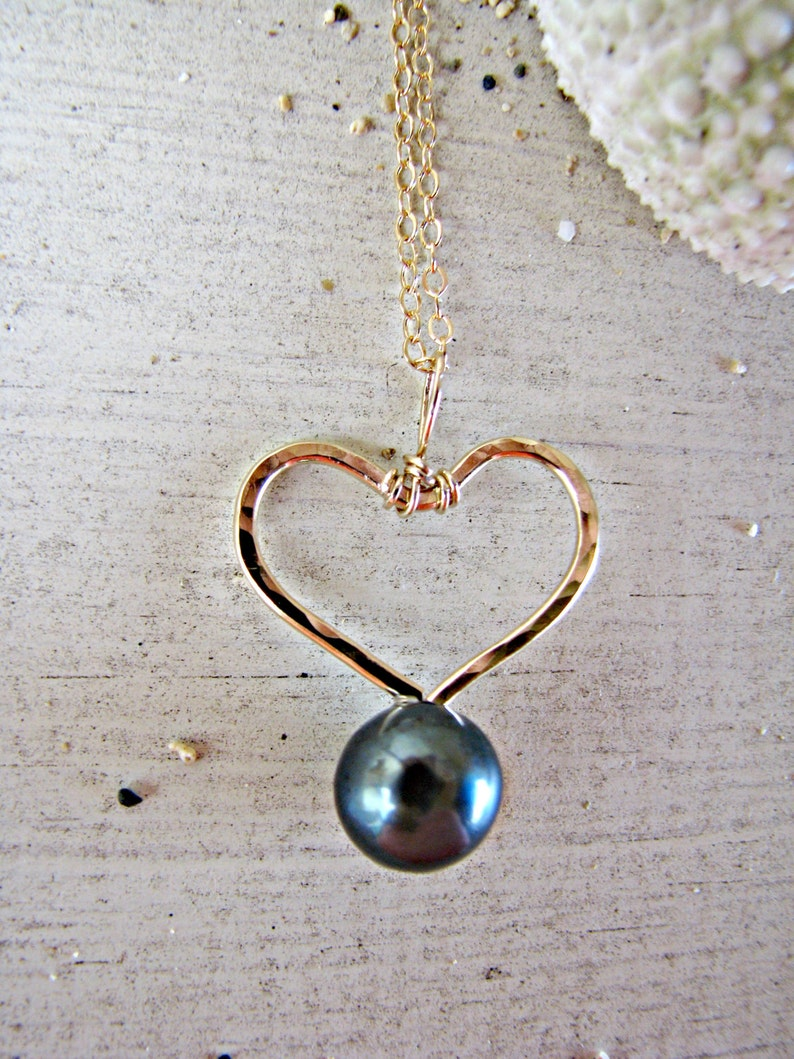 Love Necklace Heart Black Pearl Heart Necklace Gold Heart Pendant Gold Heart Pearl Necklace Black Pearl Necklace Black Pearl Pendant