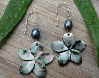 Plumeria Earrings, Mother of Pearl Plumeria, Shell Plumeria, Hawaii Flower Earrings, Frangipani, Hawaiian Jewelry, Black Pearl Earrings