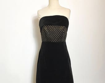 Beautiful Vintage 1960s Black and Gold Velvet Strapless Evening Gown - Small