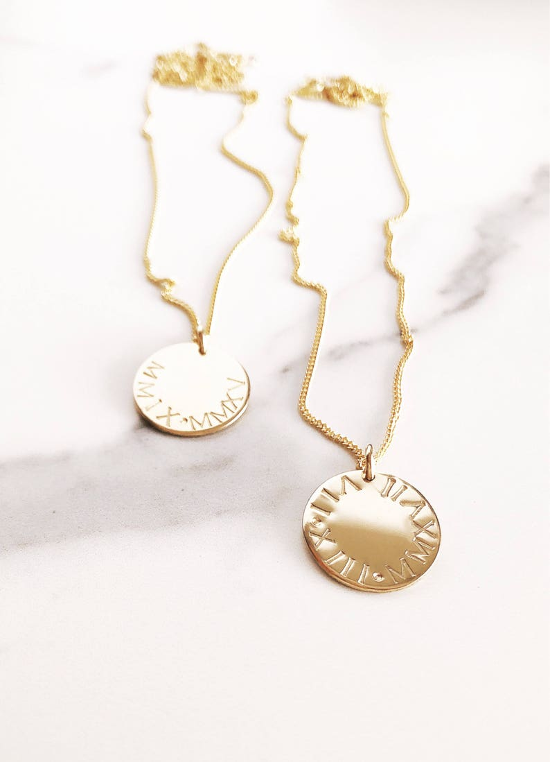 aa94c163c37ab Makamae Necklace- Gold Disc Necklace, Custom Necklace,Personalized  Necklace,Roman Numerals Necklace,New Mom Gift,Birthday Gift,Coin Necklace
