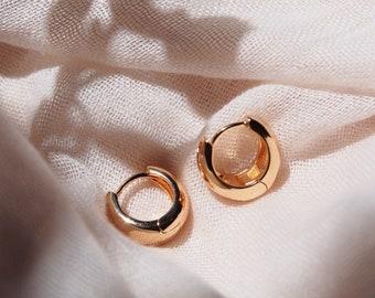 Classic Dome Drop Gold Huggie Hoop Earrings, bold gold hoop earring, thick gold hoop earring, wide gold hoops, simple hoop earring,