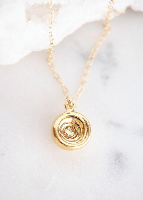 Pukalani Halskette gold Puka Muschel Halskette, gold Halskette, Hawaii Schmuck, Charme Halskette, Strand Halskette, nautischen Schmuck, maui, hawaii