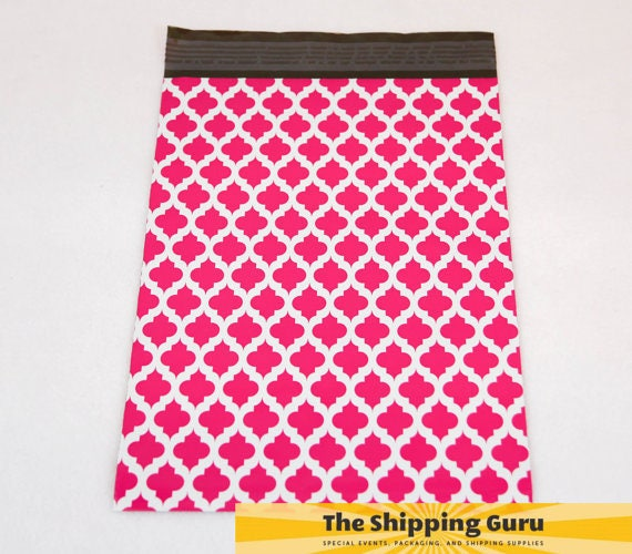 "25 9""x12"" Hot PInk Quatrefoil Poly Mailers"
