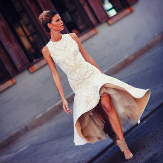 Irina Shabayeva white lace applique high low hem dress. Also comes as a long to the floor length gown.