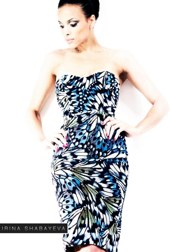 SAMPLE SALE size 2/4 Irina Shabayeva (Selena Gomez) Butterfly print cocktail dress with a 2 way exposed back zipper.
