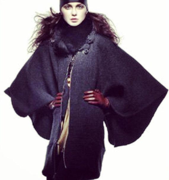 cozy #irinashabayeva #knits #irinashabayevaknits  are back!!!!!!#LuxebyIrina brand machine knitted sweater coat in dark grey #wing #kimono