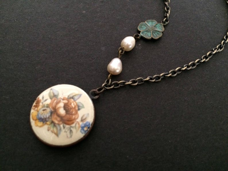 pearls necklace Floral round locket flower necklace charm necklace SALE nature garden necklace locket necklace flower necklace