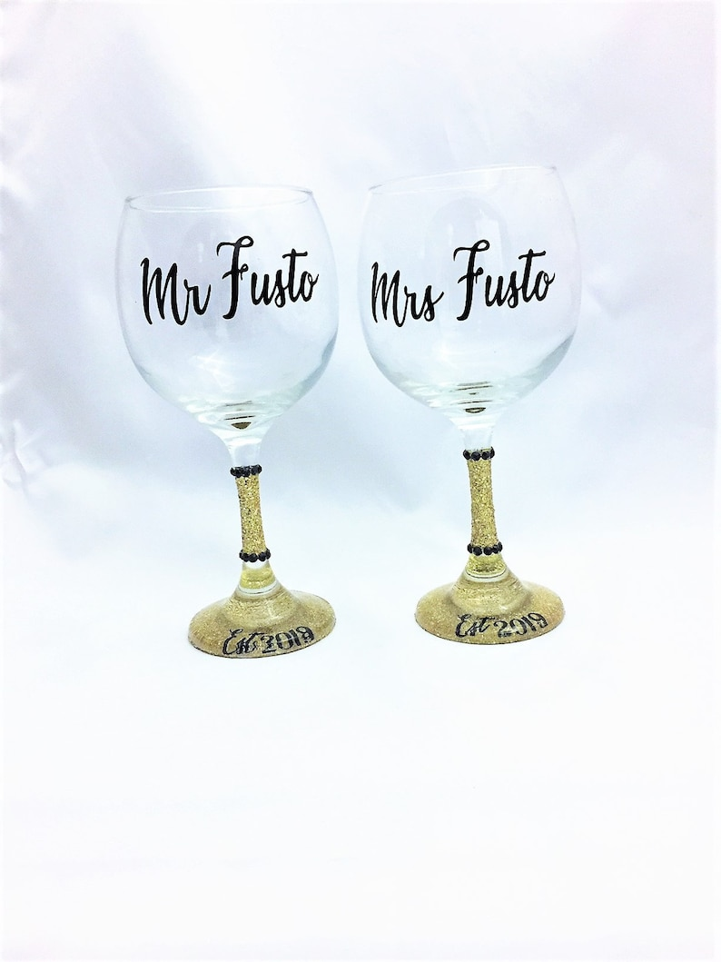 Wine Glass Set and Mrs Stemless Wine Gift for Bride and Groom Wedding Gift Future Mrs Wine Glass Mr Toasting Glasses