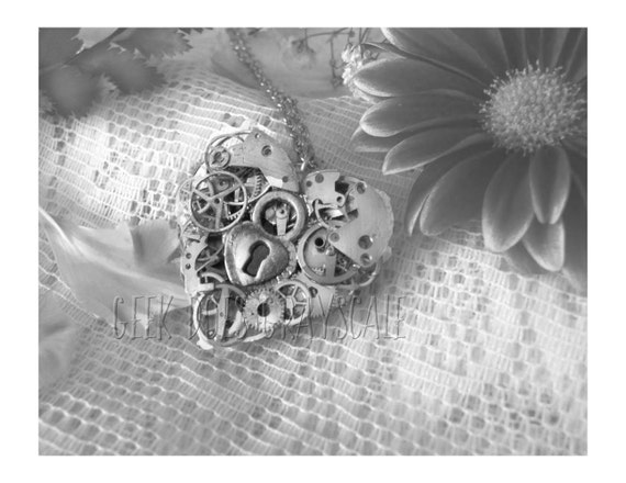 Grayscale Steampunk Heart Necklace Coloring Page