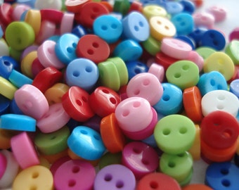 100 Mini Micro Resin Buttons, 6mm Buttons, Pack of 100 Doll Buttons, 2p Each!! A06001